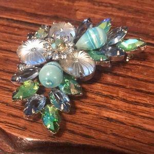 Stunning Juliana(?) blue & green rhinestone brooch